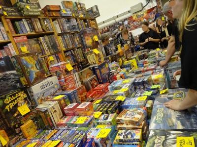 Empilement de jeux d'une boutique